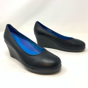 Crocs A-Leigh Black Leather Wedges 14700